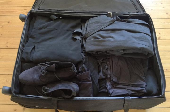 black_suitcase
